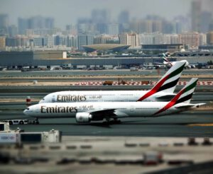 Emirates resumes flights